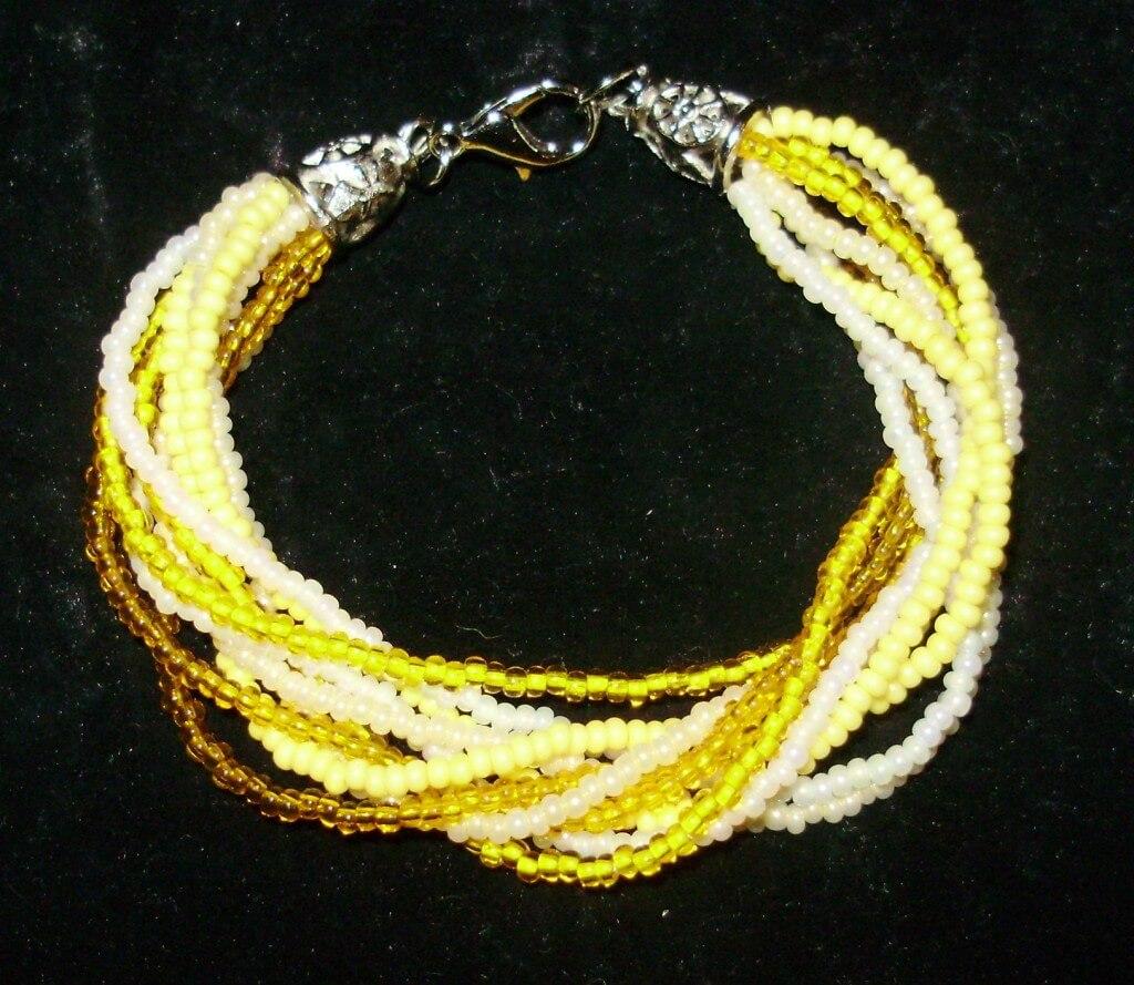 бисерный браслет оттенков желтого